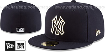 Yankees 'GOLD FRAMED METAL-BADGE' Navy Fitted Hat by New Era