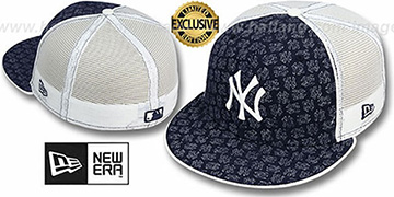 Yankees NY FADE 'FLOCKING' Mesh-Back Fitted Hat by New Era