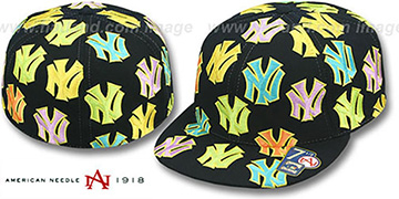 Yankees 'PASTELLI ALL-OVER' Black Fitted Hat by American Needle